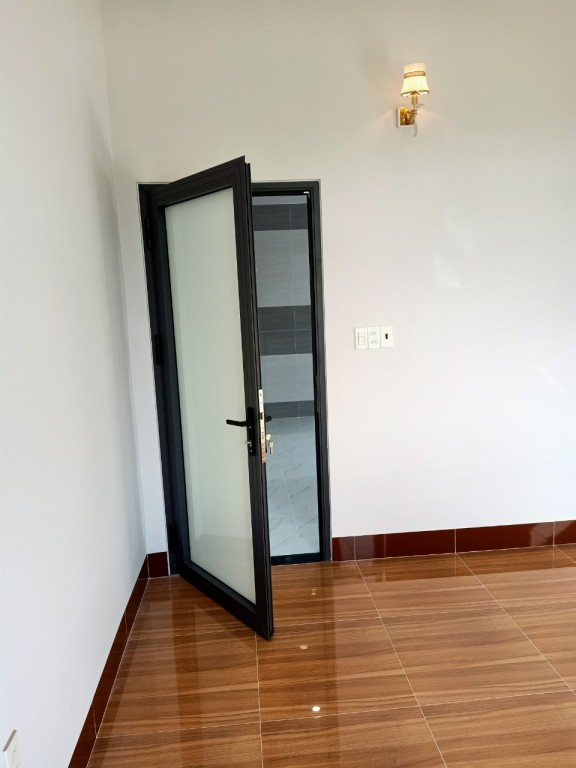 cửa phòng